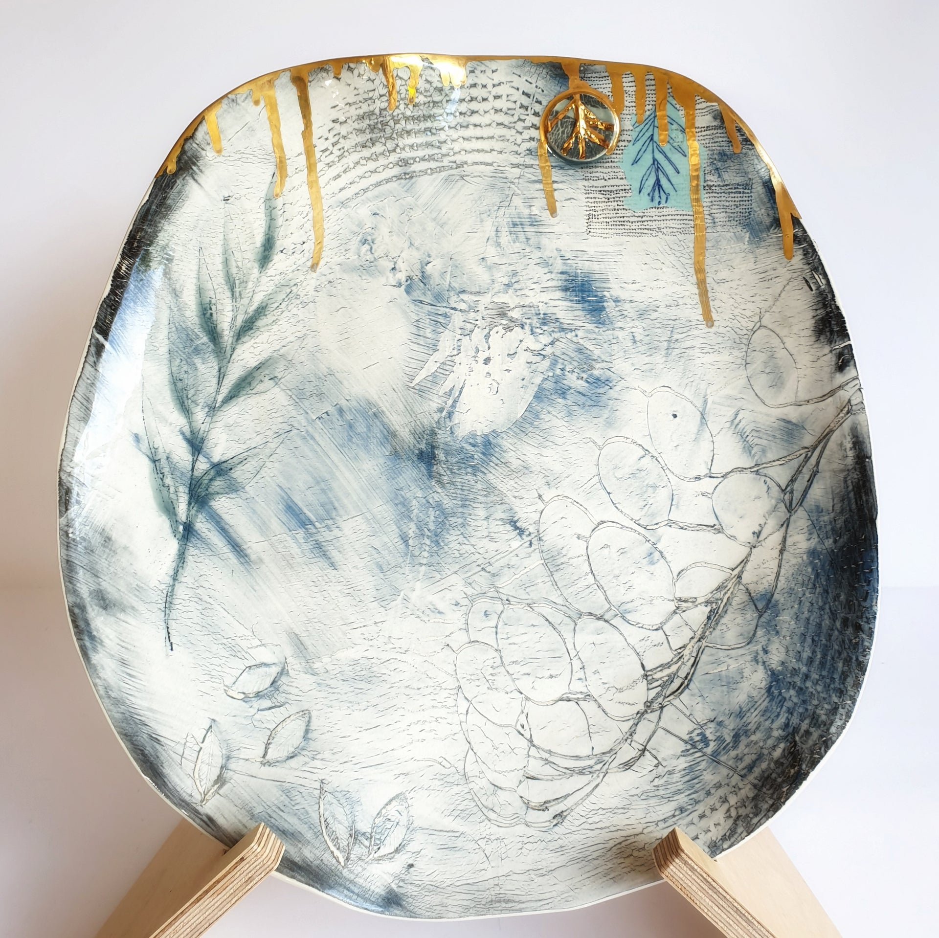 Blue Mist Platter with Gold Lustre (33cmx31cm diameter) - Nada Spencer Ceramics