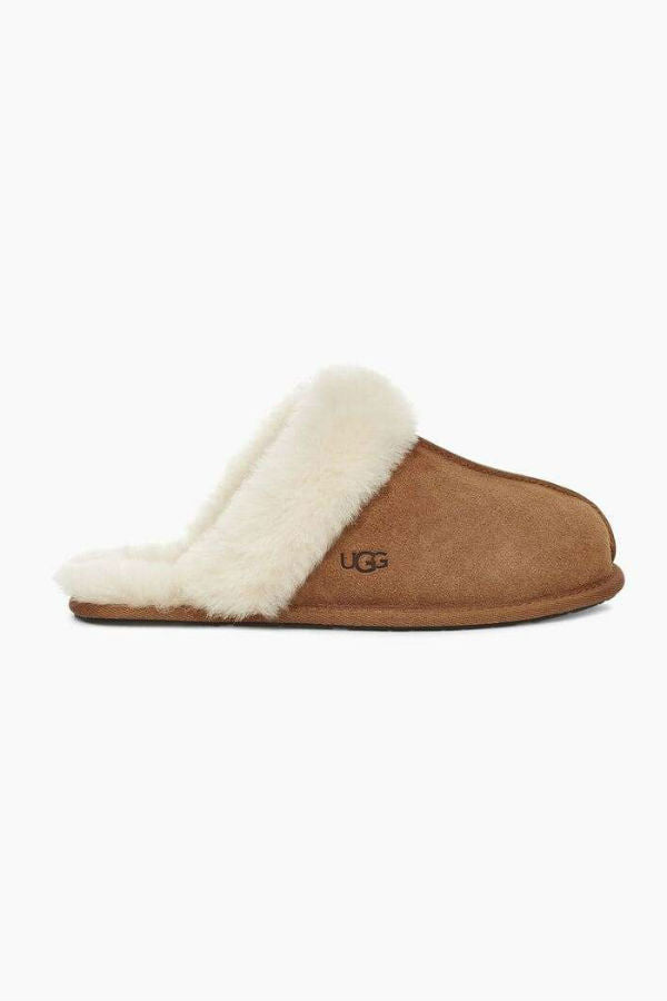 UGG Women's Scuffette II Slippers in Chestnut