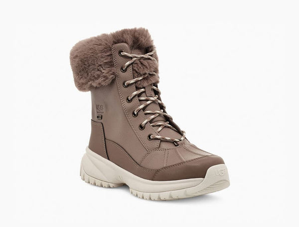 UGG Women's Yose Fluff Boot in Caribou