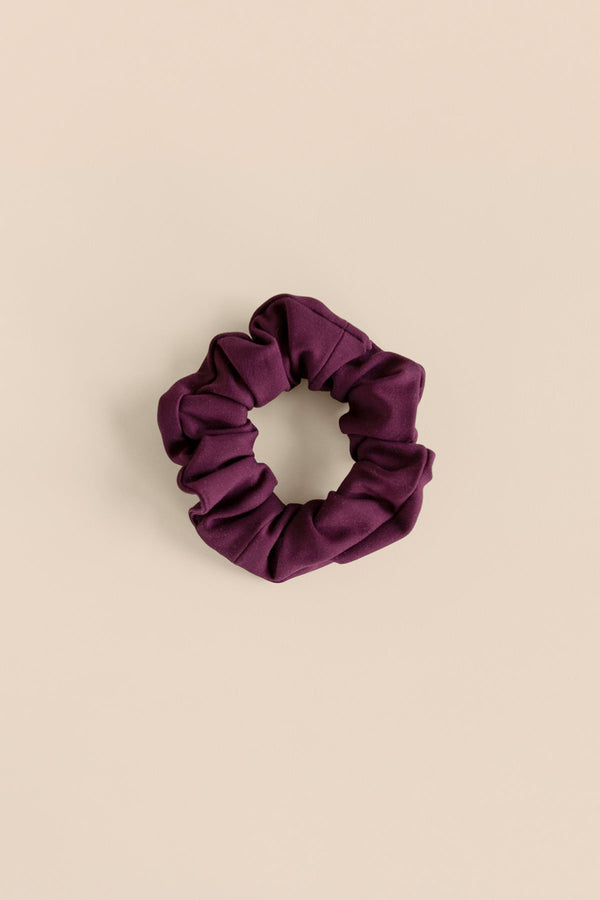 Girlfriend Collective Scrunchie in Plum