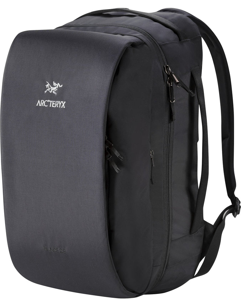 Arc'teryx Unisex Blade 28 Backpack in Black