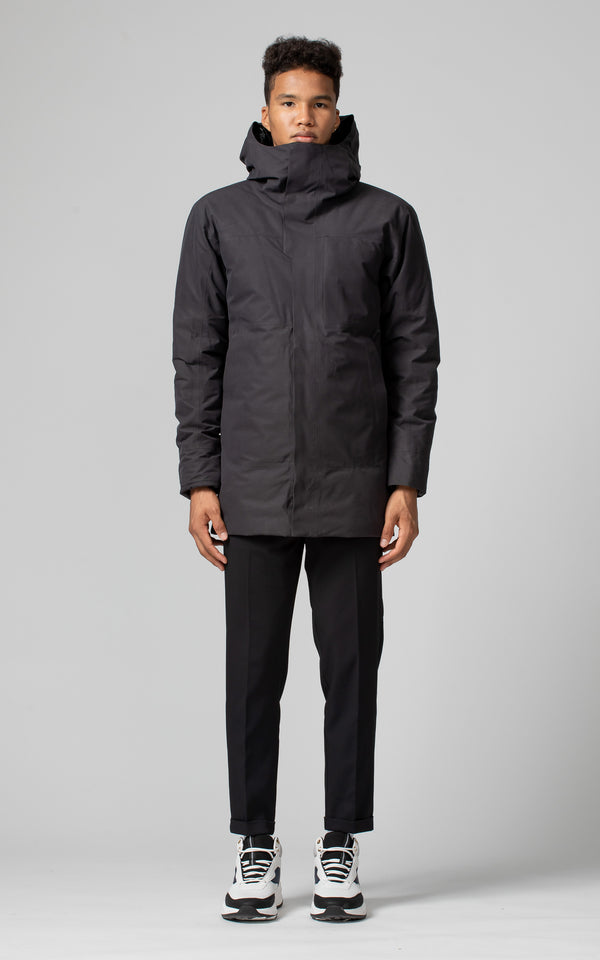 Arc'teryx Men's Therme Parka in Black