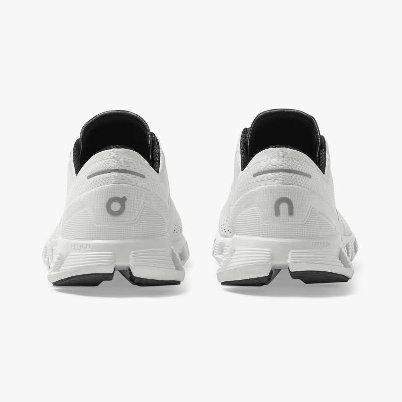 ON | Cloud X in White/Black