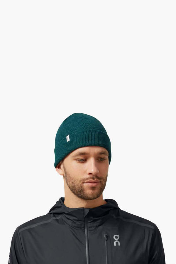 ON | Merino Beanie in Evergreen