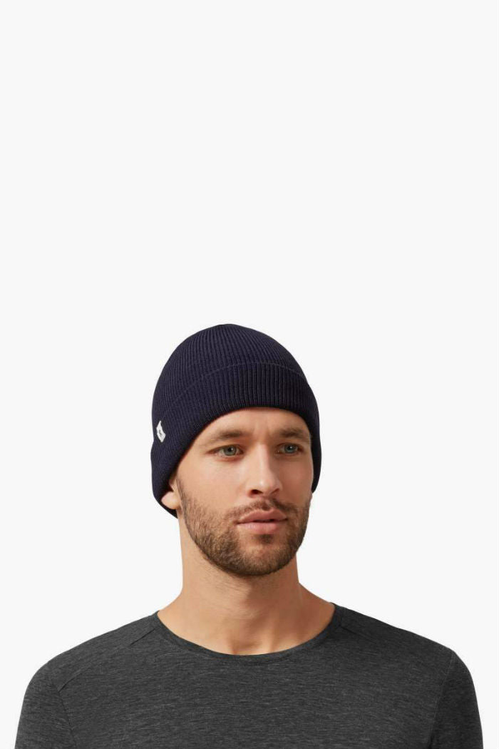 ON | Merino Beanie in Navy