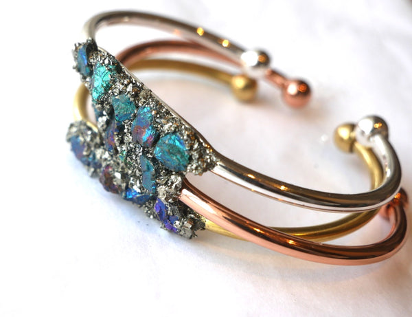 Handmade Peacock-Ore Bangle - SeekChicCo