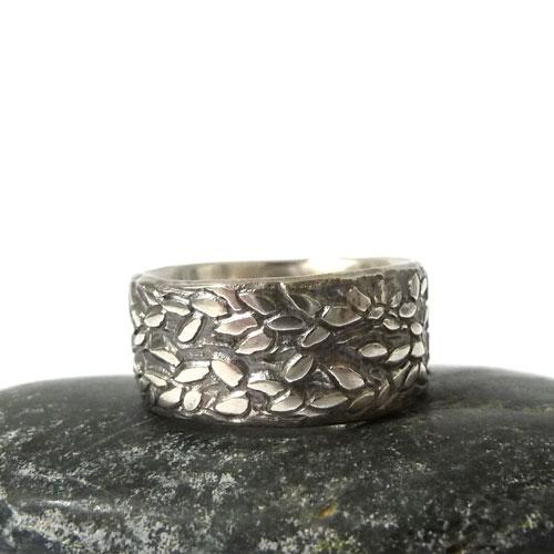 'Folium | Sterling Silver Ring' by Sophie Divett - Quirky Fox