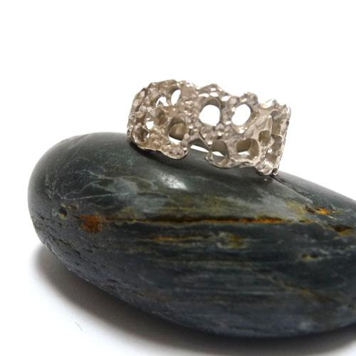 'Rock Pool | Ring' by Sophie Divett - Quirky Fox