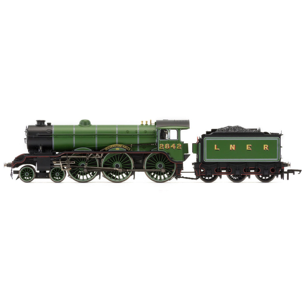 LNER, B17/2 Class, 2-6-0, 2842 'Kilverstone Hall' - Era 3 - R3447 -Available