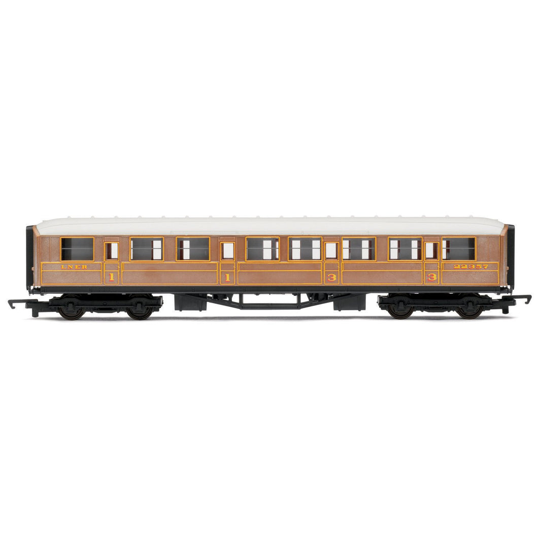 LNER, Composite Coach - Era 3 - R4332 -Available