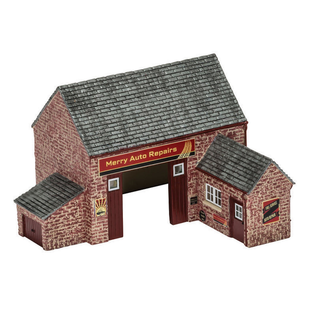 The Country Garage - R9855 -Available