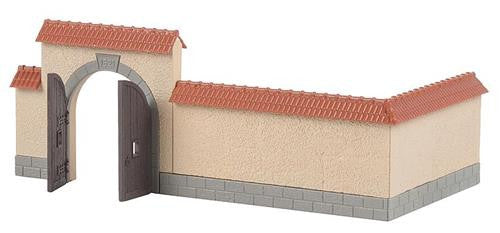 Wall with Gate Kit I