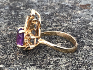 10k Yellow Gold & Amethyst in Flames Ladies Ring