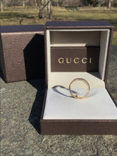 Load image into Gallery viewer, Gucci 18k Gold Icon Ring in Box ~Size 5.75~