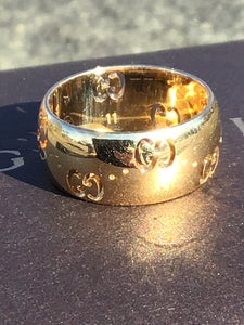 Gucci 18k Gold Icon Ring in Box ~Size 5.75~