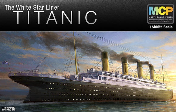 Academy 14215 - Titanic, The White Star Liner, Multi Colour Parts, 1:400 Scale. FREE Postage