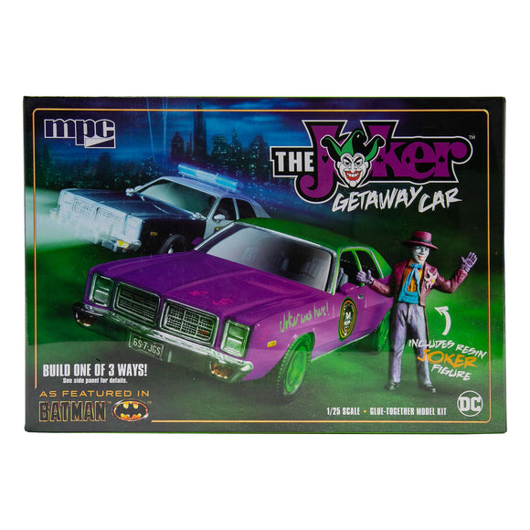 MPC890 - The Joker, Getaway Car incl Joker figure, 1:25 Scale