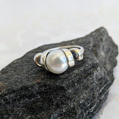Sterling ring with pearl