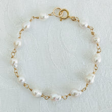 Load image into Gallery viewer, Baby Baroque wired pearl bracelet