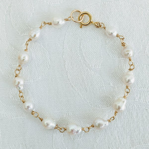 Baby Baroque wired pearl bracelet