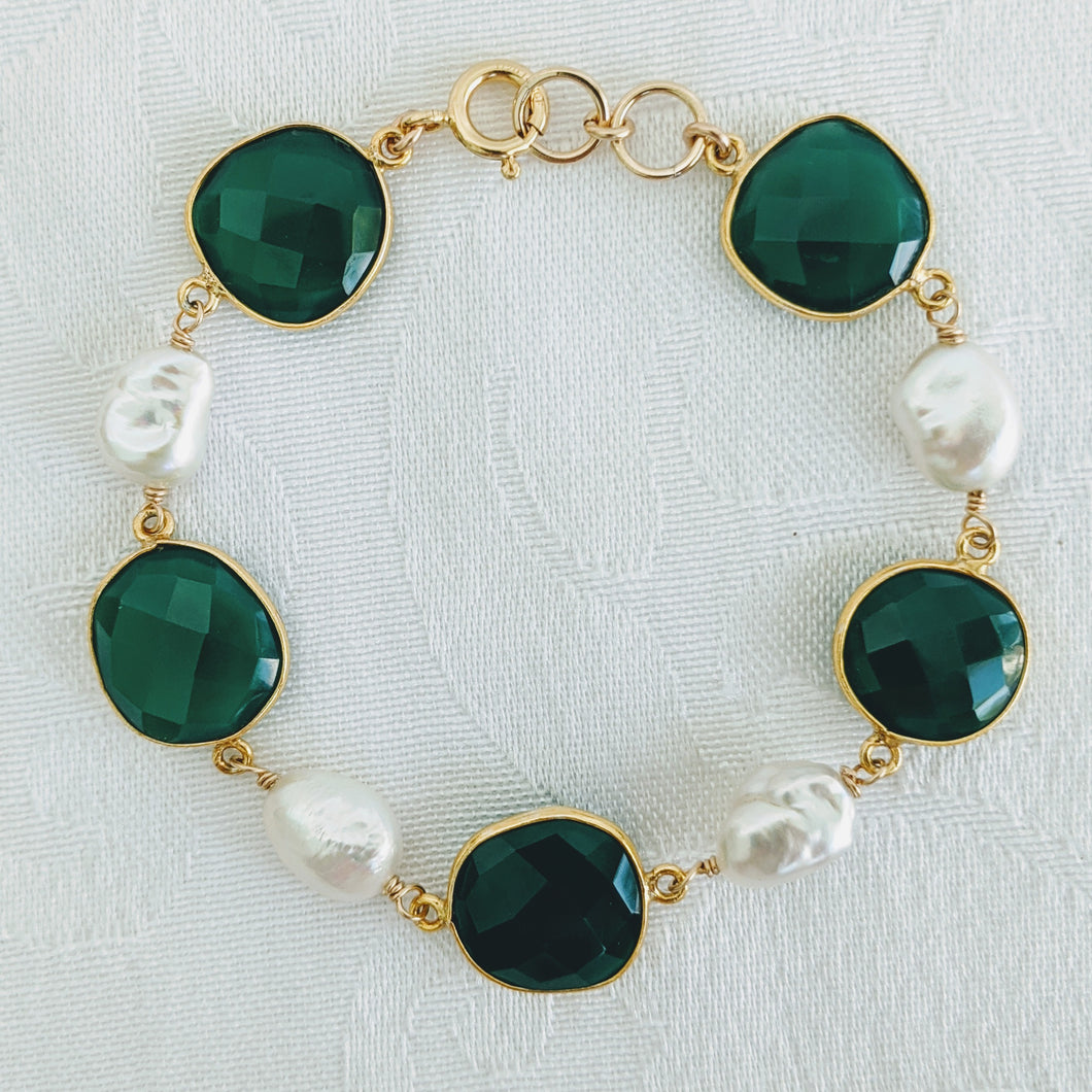 Faceted Green Onyx and pearl bracelet