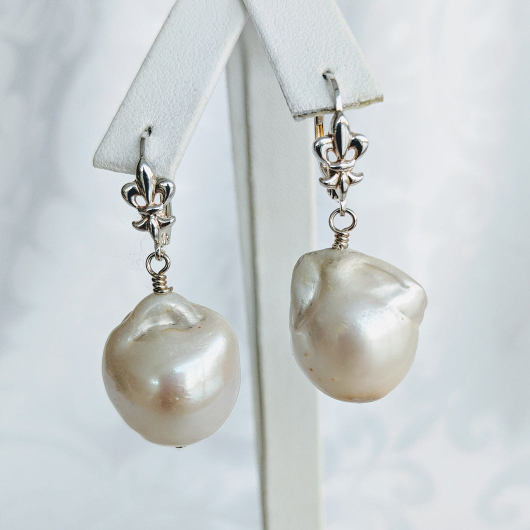 Baroque freshwater pearl earrings w/silver fleur de lis