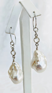 Baroque freshwater pearl with cubic zirconia earrings