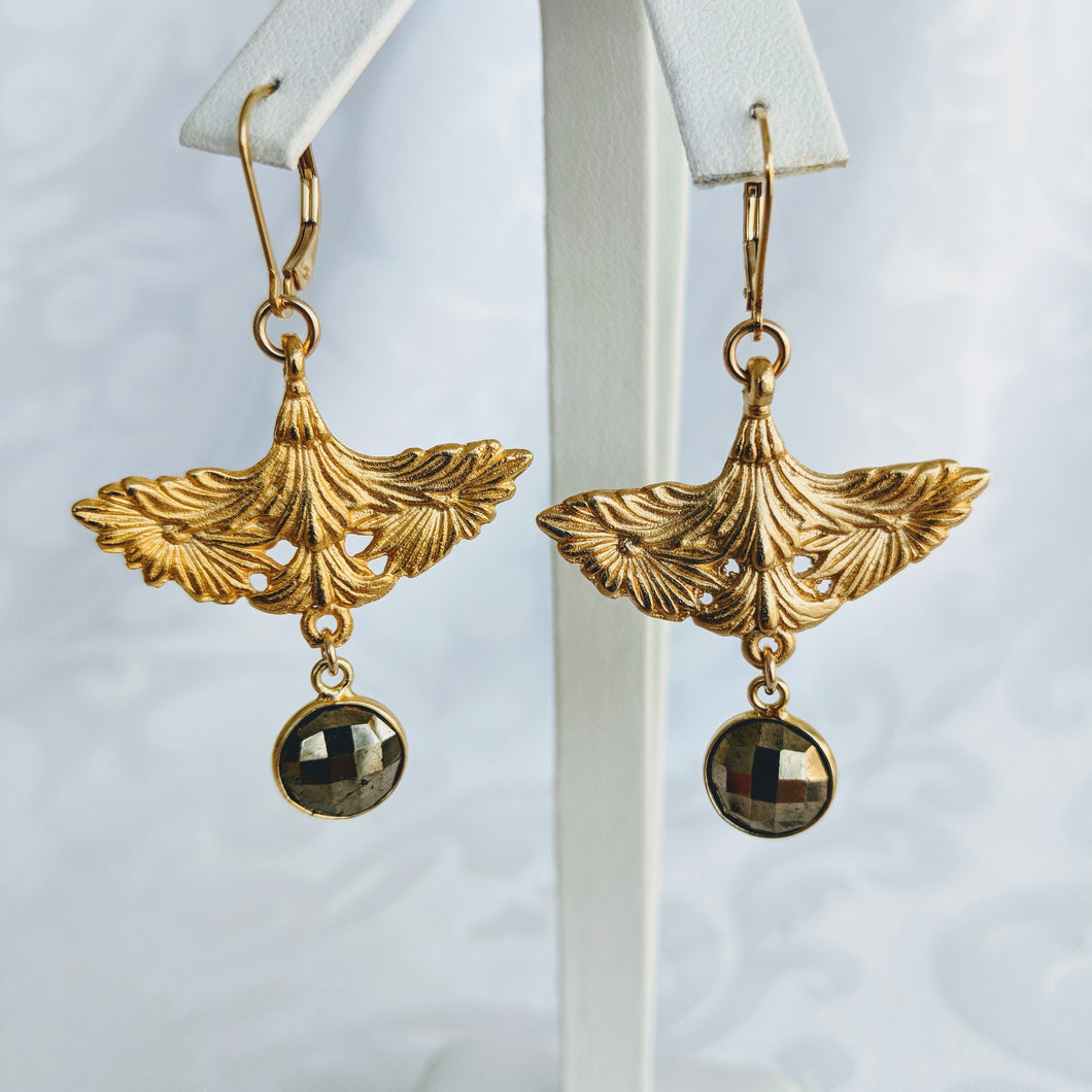 Gold plate Brittanium drop earrings