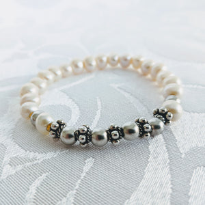 Freshwater pearl with Satin Sterling balls