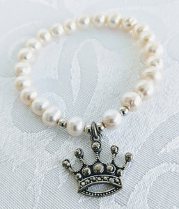 Pearl with pewter crown