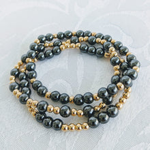 Load image into Gallery viewer, Hematite and gold bracelet set