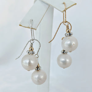 Simple Signature style pearl earrings