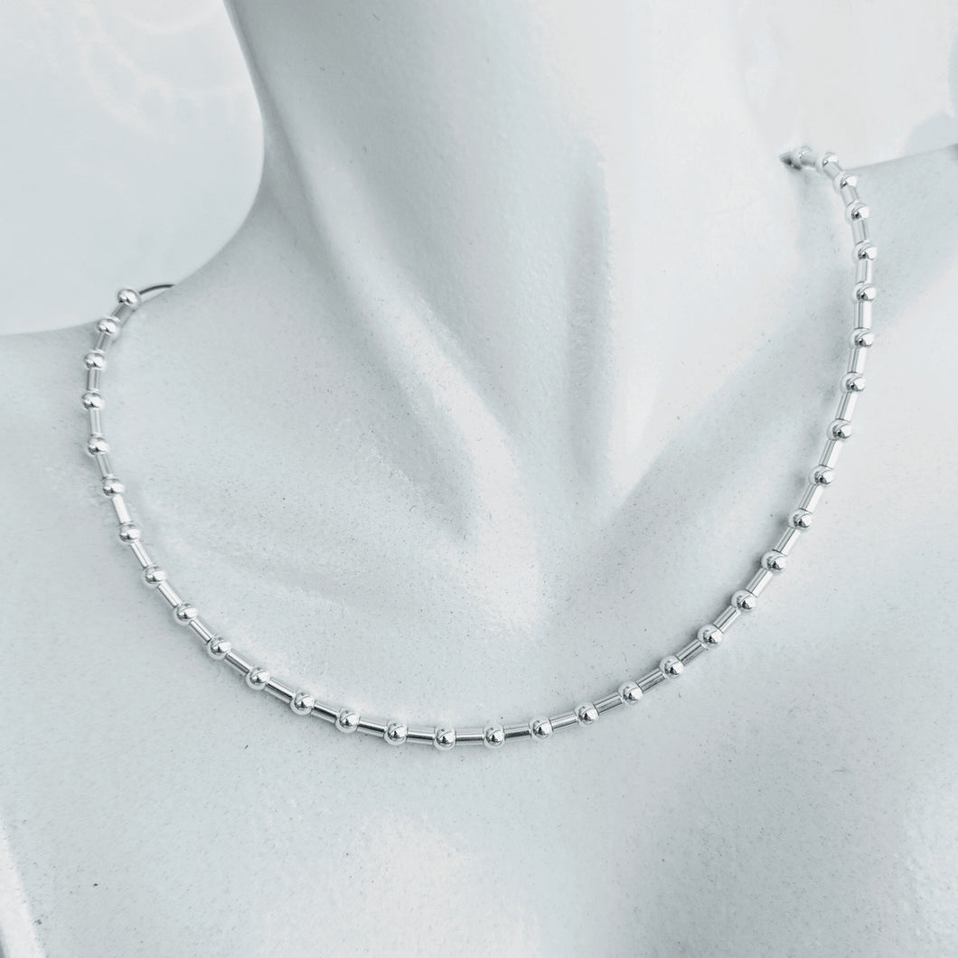 Simple & Elegant, Sterling silver beaded necklace