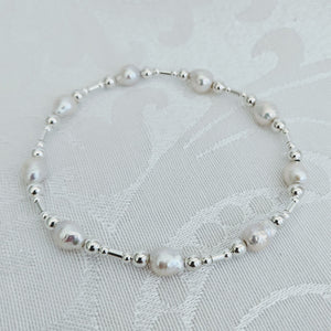 Baby Baroque pearl and silver bracelet