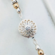 Load image into Gallery viewer, Elegant pearl drop necklace