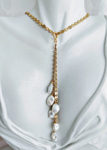 Gold necklace with detachable Keshi pearl tassel