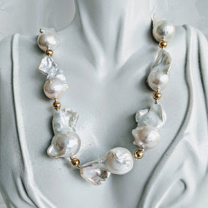 Unique Baroque pearl necklace - Spectacular