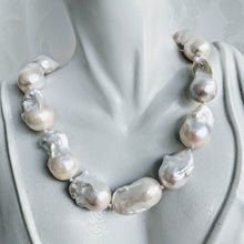 Load image into Gallery viewer, Stunning Baroque cultured freshwater pearl necklace
