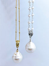 Load image into Gallery viewer, 14k gold fill Satellite chain with Baroque pearl pendant