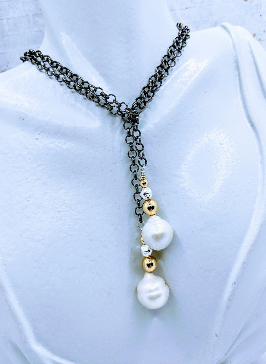 Gunmetal chain and pearl lariat - 43