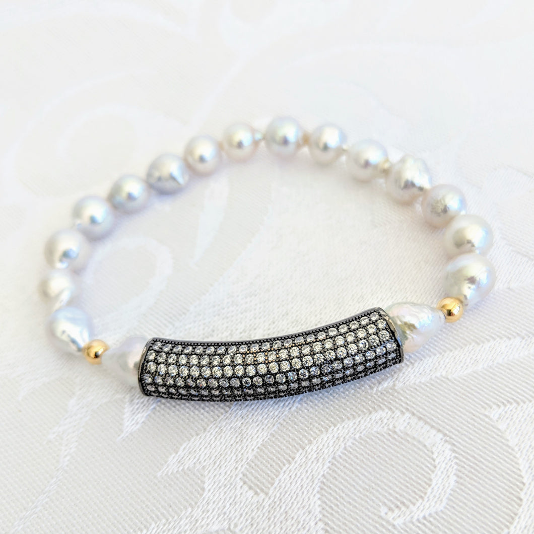Baby Baroque freshwater pearl with black cubic zirconium bar bracelet