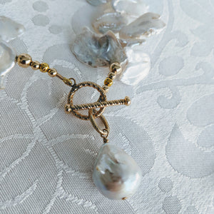 Keshi freshwater pearl necklace