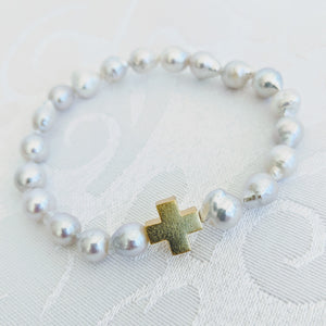 Baby Baroque pearl bracelet with gold cross