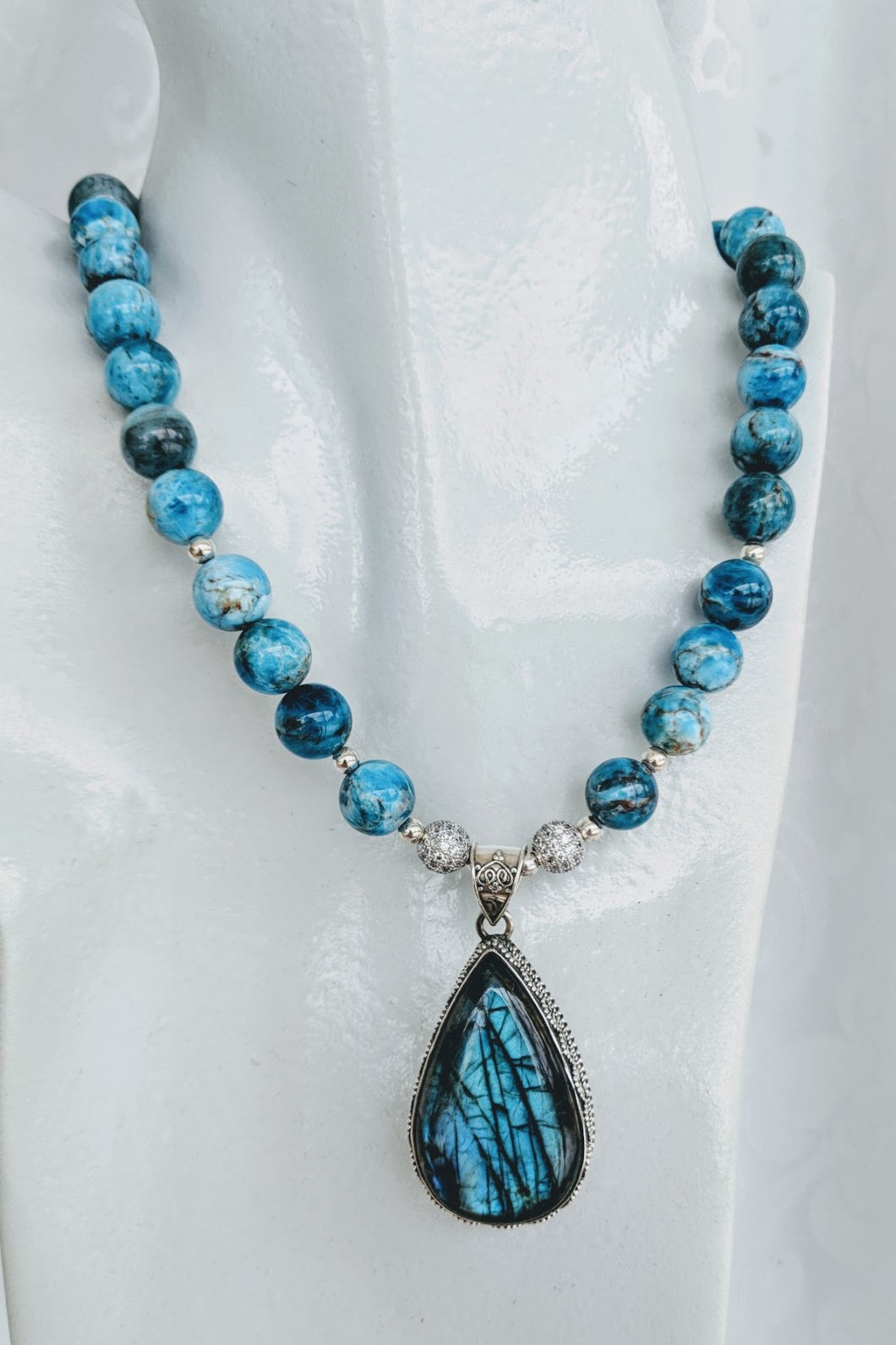 Natural Apatite with Labradorite pendant necklace