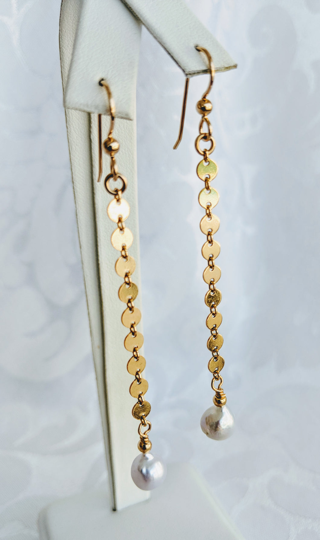 14k gold fill disc chain with baby Baroque freshwaterpearl earrings