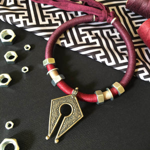 Collier Tribu Meka