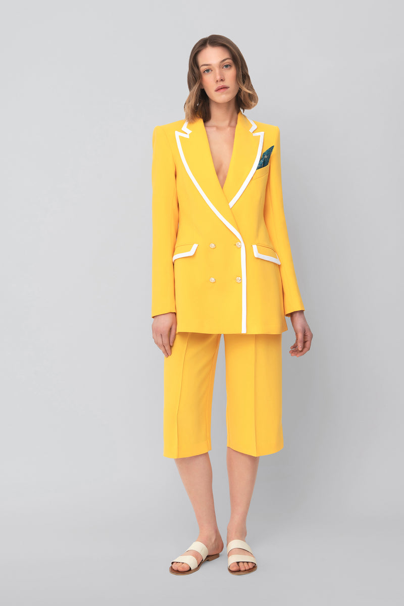 The Yellow Crepe Bermuda