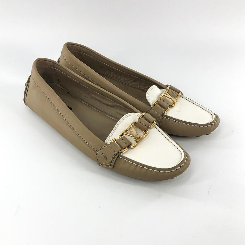 LV Buckle Classic Two-toned Flats - Bag Religion