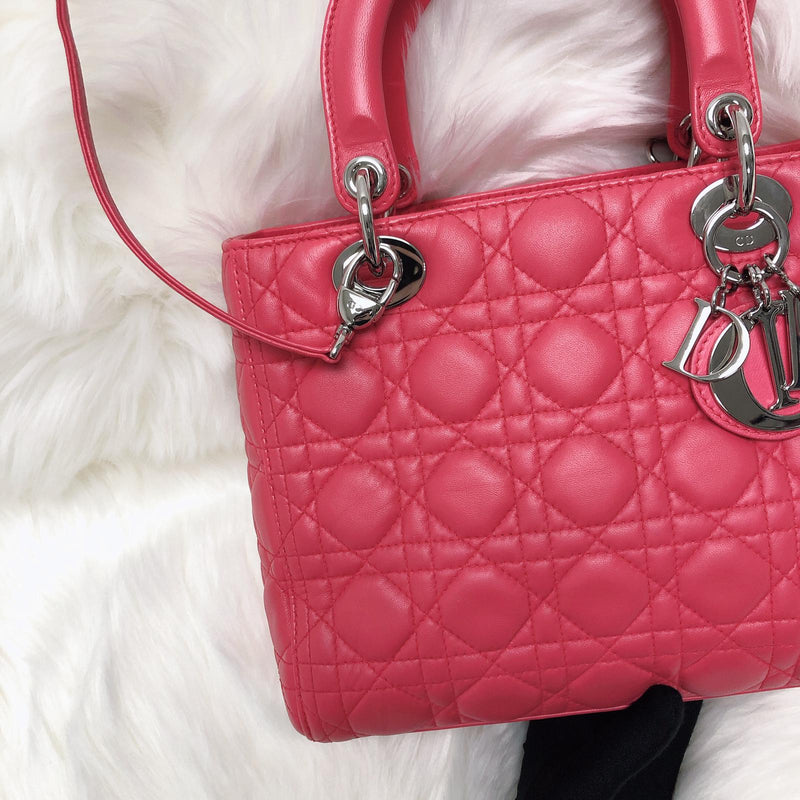 Cannage Lambskin Lady Dior Medium in Red