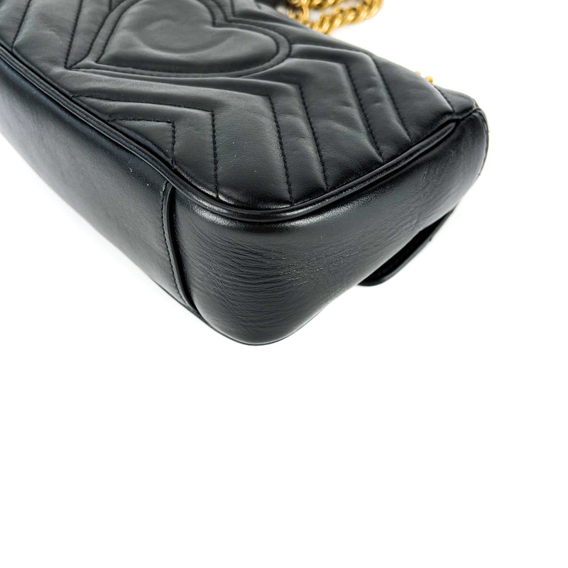 GG Marmont Black Mini Matelassé Shoulder Bag